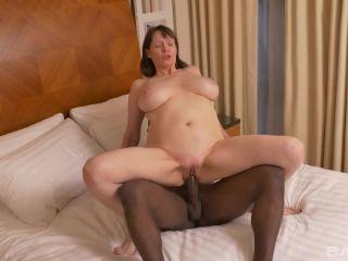 Mommie Loves It Hard And Black Scene 4