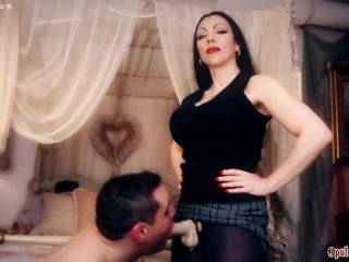 Goddess Cheyenne: Choke Gag Cry, latex femdom handjob on gangbang xxx