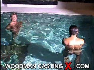 Timea - BTS - swimmimgpool and 2 boys