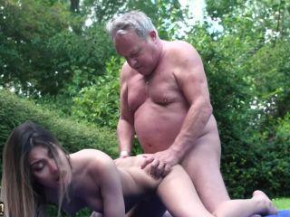 The Sweetest Sex Proposal / Roxy Lips