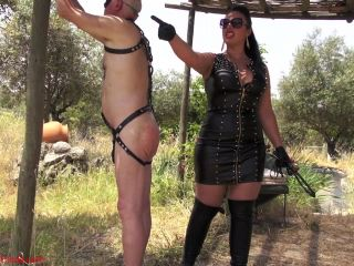 {lazy Slaves Whipping Punishment (mp4, , 271.64 Mb)|lazy Sl