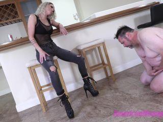 BARTENDER BALL BUST , empress jennifer femdom on femdom porn