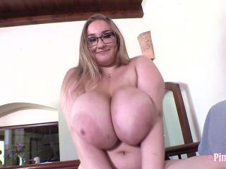 Cheryl Blossom - Zipup Bra 2 (1080p)