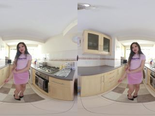 [VR] Louisa Lu, Can't Pay The Rent