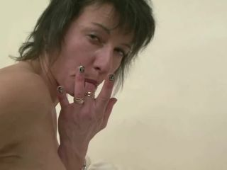 French slut Zaza gets her ass pounded