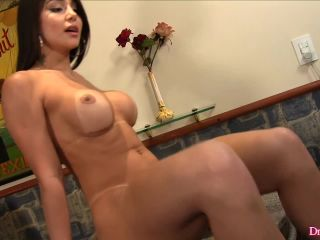 DreamTranny presents Jessy Lemos Well, She Is Pretty