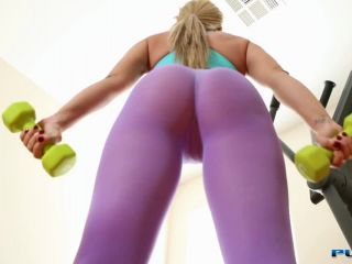 [Capri Cavanni] Workout session leads to sex between Capri and her trainer
