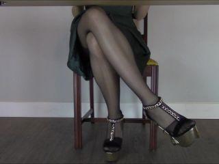 Miss Melissa - Under The Table Tease!!!