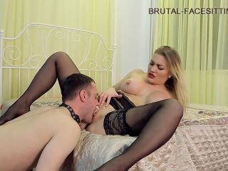 7797 To lick pussy guy is ready for anything