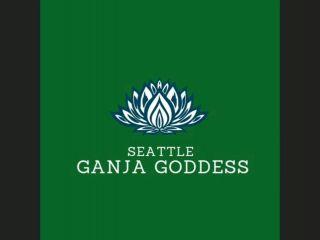 Seattle ganja goddess is training her new toy boi!?