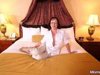 Online tube MomPov presents Barbara in Huge natural tits curvy MILF – 20.12.2018