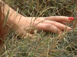 Nackt  Danielle Luca De Giulia