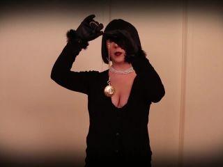 Porn online CamDiva – Sissy Statue