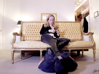 Spoilt Princess Grace - Footstool Worm Ignored (1080 HD)!!!