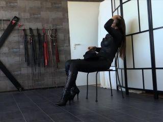 Female domination – FEMDOM-POV-CLIPS – Mistress Iveta – Hard Footgagging