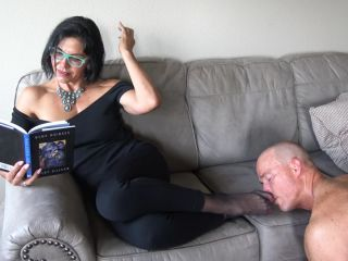 Goddess Zephy Ignored By Nylons Pt1 Foot Smelling
