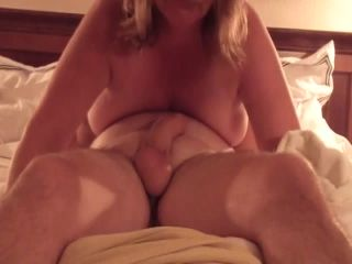 0665 Wife being cop