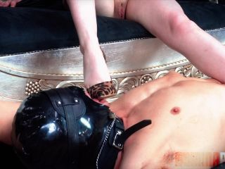 Domina Planet Empress Elle My Feet Your Future