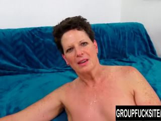 Mature nette beth mckenna has her hairy pussy stretched