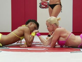 [Nikki Darling ] Gorgeous Fit Feather Weights Fight in Erotic Wrestling Match - October 30, 2015
