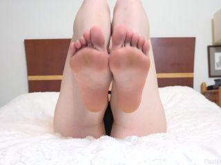 Hazel Moore - Hazel Moore Showing Off Foot Fetish