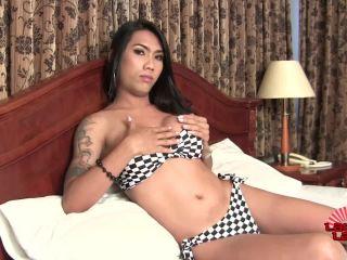 Mimi Cums!!!