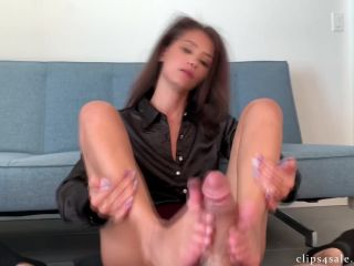 Porn tube Bratty Babes Own You – Ari Parker – Caught Staring Step Mom's Footjob Compromise HD
