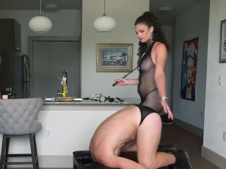 Kendall Penny, Bussy Bradley - Bury Your Face Into My Goddess Hole - KinkyBites, Kink (HD 2020)