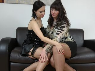 Toni Lace, Wanilianna - These horny lesbian Milfs loves fooling around ...
