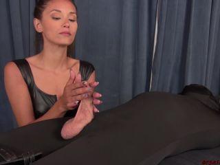 Online Ari Slow And Sexy – Orgasm Abuse – Ari Parker - handjob
