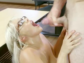 Kylie page hotpilation