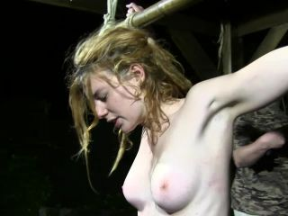 Porn online Night Whipping Session for Muriel LaRoja