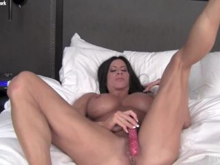 {angela Salvagno - She Can't Stop Moaning You'll See Why (mp4,