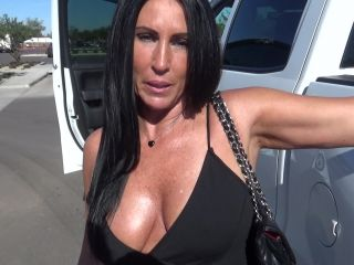 Katie71 - Hooking Up in the Parking Lot