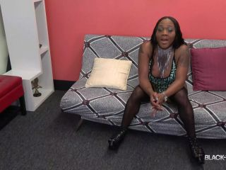 Online shemale video Sexy Drea Returns