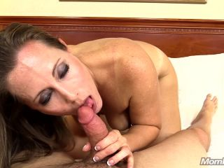 Milf Amy - 38 year old soccer mom loves to suck