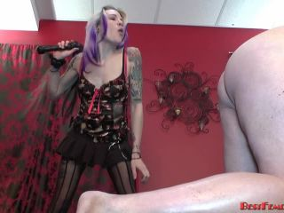 Online femdom video Bestfemdom - Mistress Candi - Gut Check