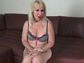Sandy Pierce - Mature Pleasure FullHD