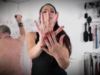 Long Nails – Stella Liberty – Scratching Post - nails - fetish porn goth femdom