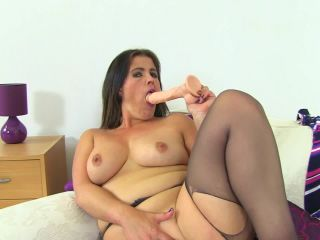 Montse Pussy Show