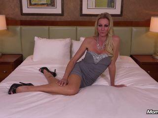 Mallory - 45 year old beautiful kinky horny MILF