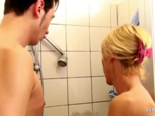 Stepmother and stepson in the bath secretly