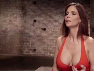 Big Tit MILF Syren de Mer Gets It Just the Way She Likes It - submission - big tits porn bdsm licking
