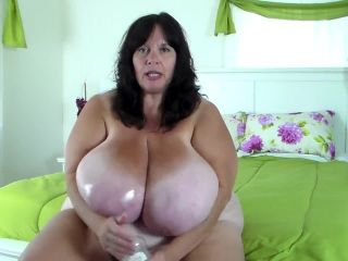 bbw - Clips4Sale presents Suzie Q aka Suzie 44K in Slippery Huge Tits
