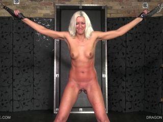 Holly Tracy