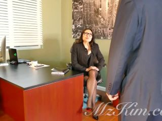 Mz. Kim - Boss Kim Blackmails Employee Shoe Worship