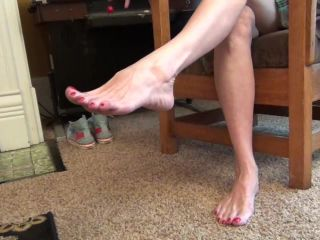 Mature feet – Sweet Southern Feet – POV You Better Lick These Feet - barefoot - feet lady barbara foot fetish