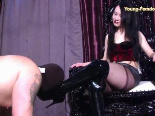 Young-Femdom - Mona`s Slave!!!