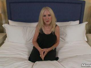 Porn online MomPov presents Deborah