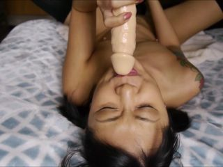 Watch my cute face as I use a vibrator to make myself cum hard, giving ...